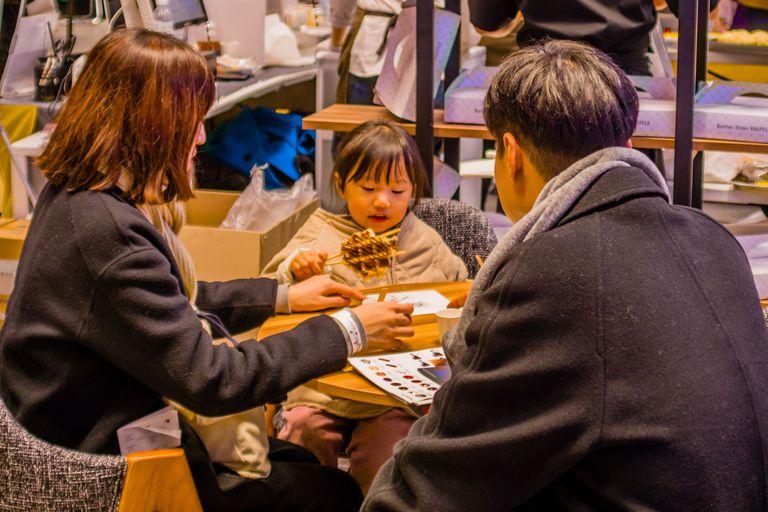 Corea del Sur quiere que la gente trabaje menos y tenga mas hijos