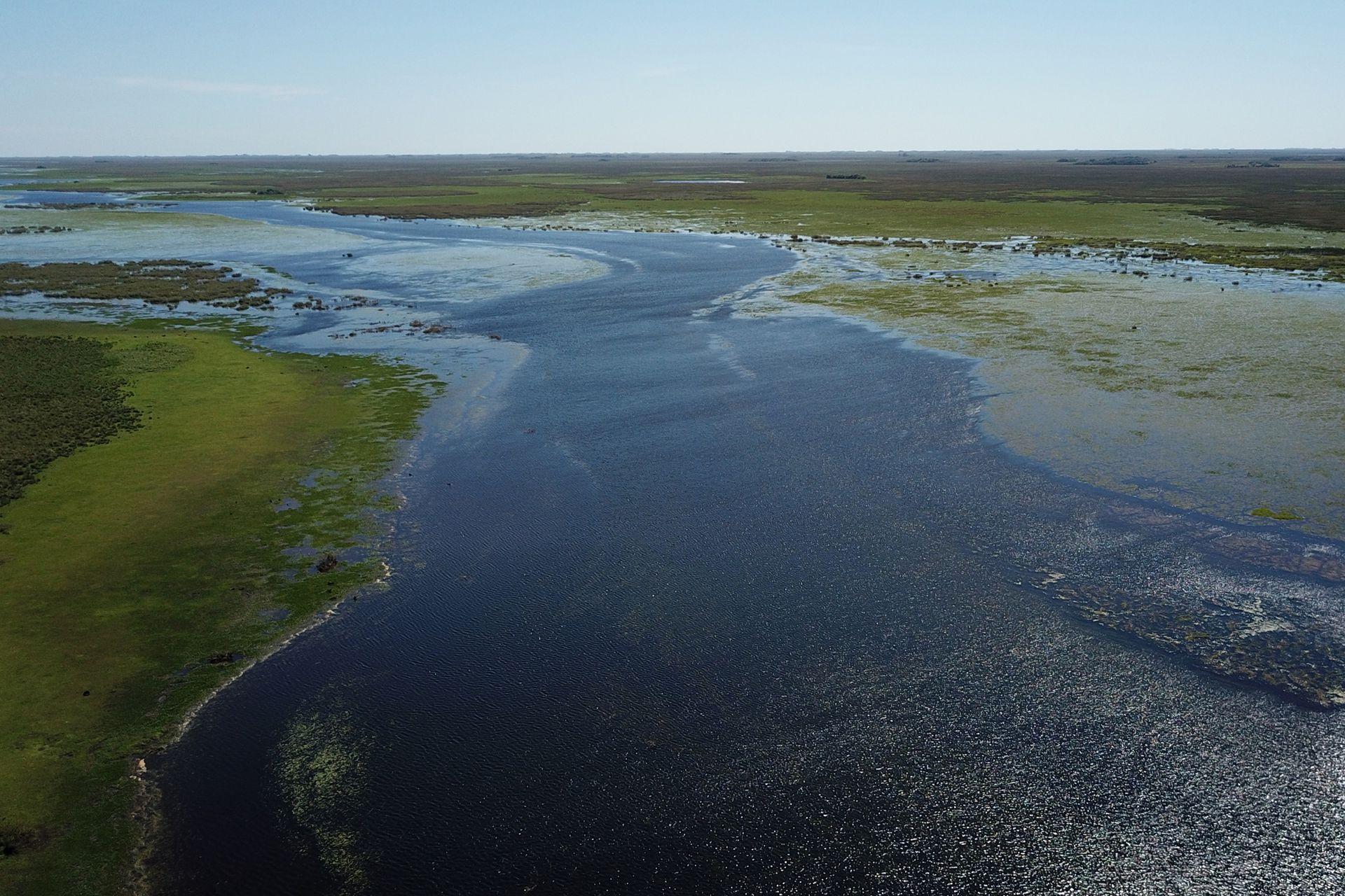 El Parque Nacional Esteros del Iberá tiene 183 500 hectáreas