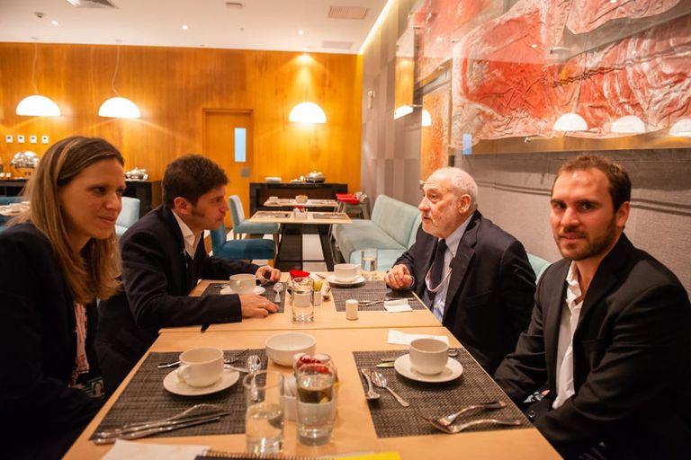 Axel Kicillof, Cecilia Nahon, Joseph Stiglitz y Martín Guzmán en Nueva York en 2014