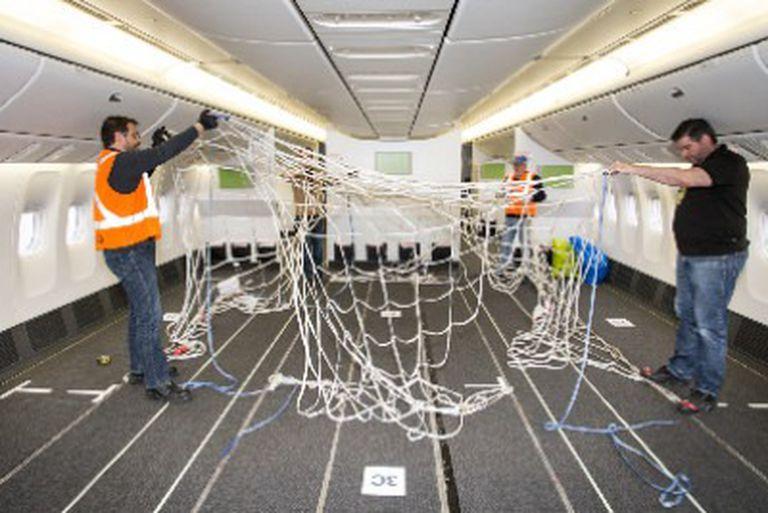 Los aviones de pasajeros se adaptaron, en muchos casos, para cargar más.