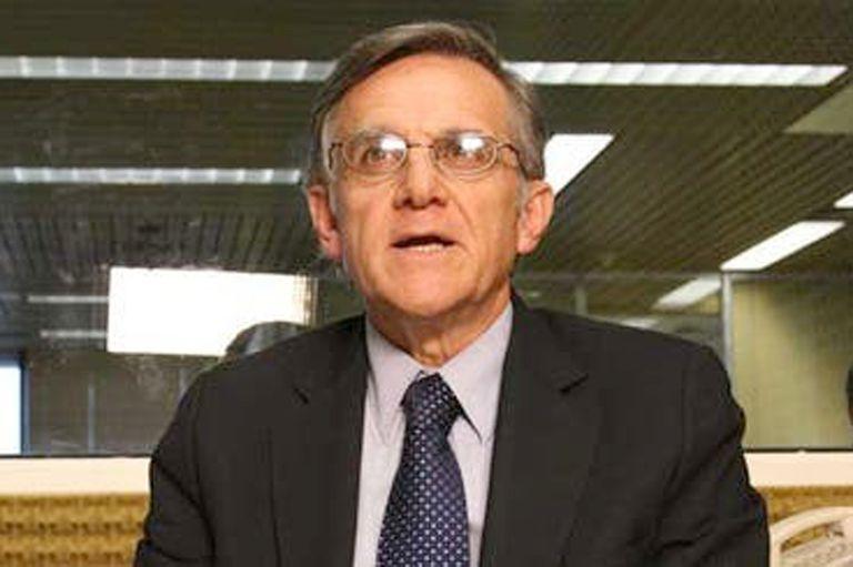 """""""No vamos a tener un pico como en Estados Unidos, Italia o España"""", dijo hoy Eduardo López sobre desarrollo en la Argentina de la pandemia de coronavirus"""