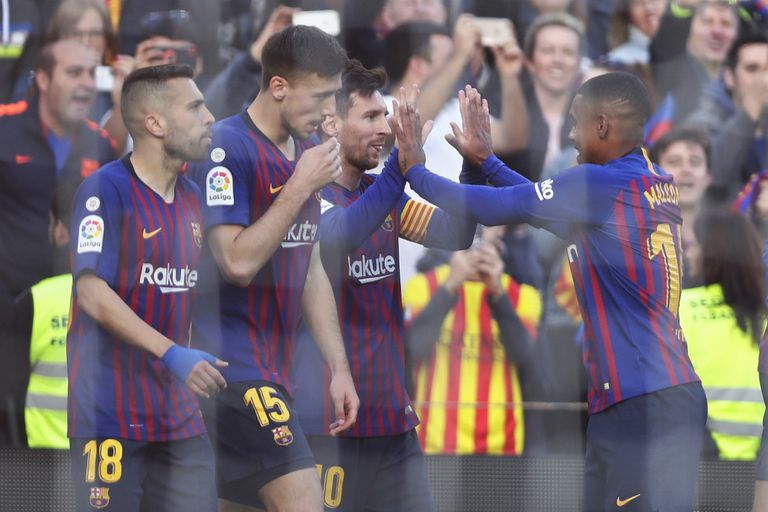 El increíble gol de tiro libre de Messi, con blooper incluido