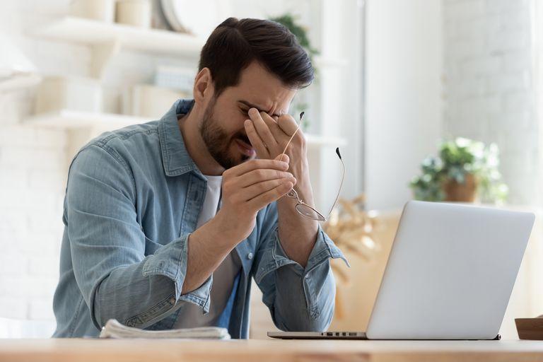 Los especialistas recomiendan tomarse pausas y permitir al cerebro elaborar el caudal informativo