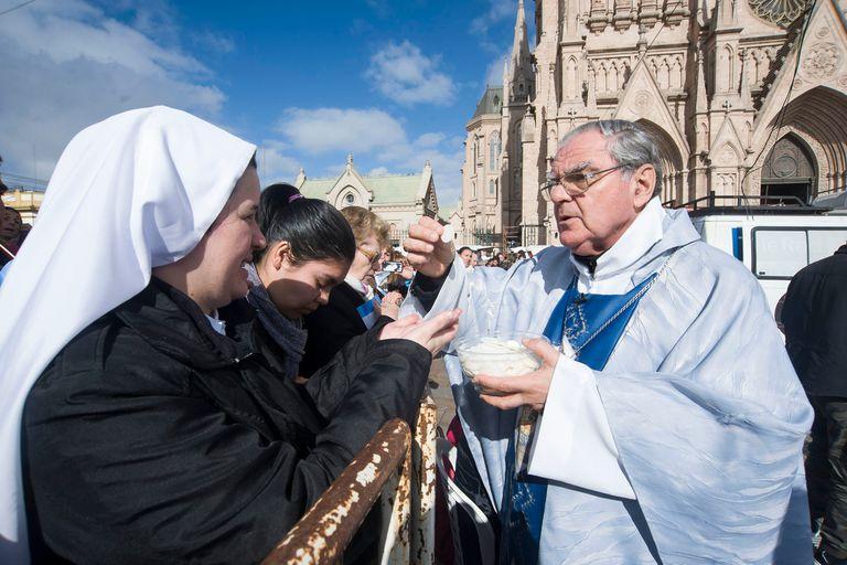 """Aborto: la Iglesia le pide a diputados """"un segundo de reflexión antes de votar"""""""