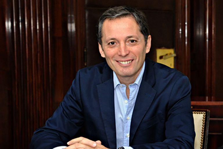 Fernando Gray, vice del PJ bonaerense, resiste en los tribunales el desembarco de Máximo.