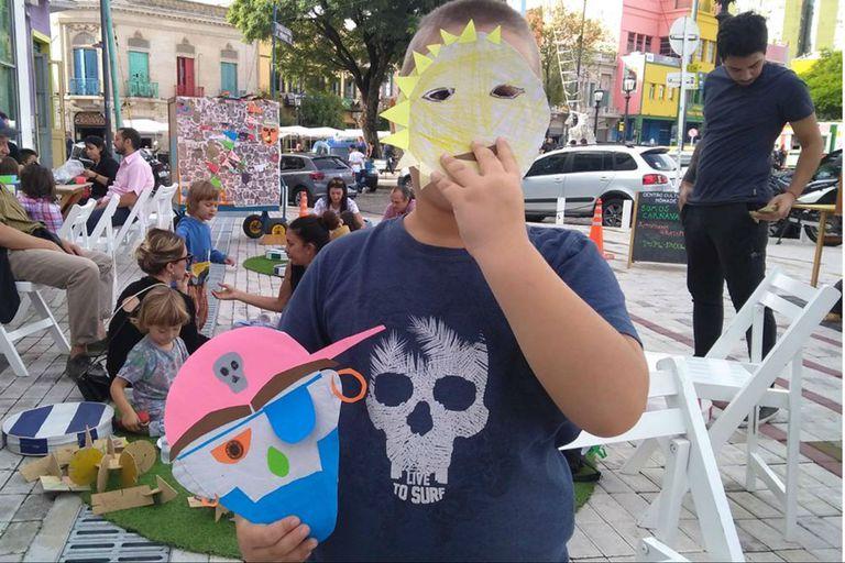 Este fin de semana vuelven los talleres creativos para chicos del Centro Cultural Nómade en la vereda de Fundación Proa (La Boca)