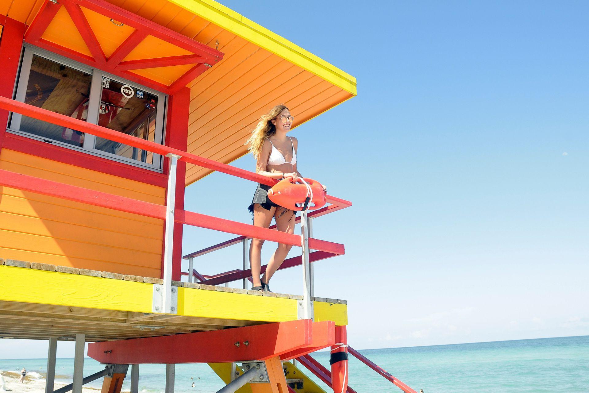 Los colores se imponen en las playas de Miami Beach
