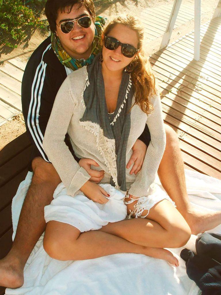Distendidos y enamorados: Darío Barassi posa junto a su mujer en la primeras vacaciones juntos