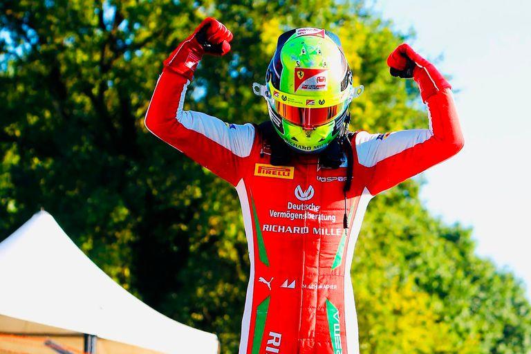 Mick Schumacher: la espectacular largada y el triunfo del hijo de la leyenda