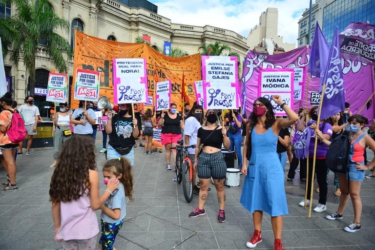 En la ciudad de Córdoba pidieron justicia por el femicidio de Ivana Módica, el séptimo caso registrado este año en esa provincia