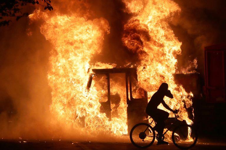 Arde Wisconsin: la tensión racial revive la violencia en el norte de EE.UU.