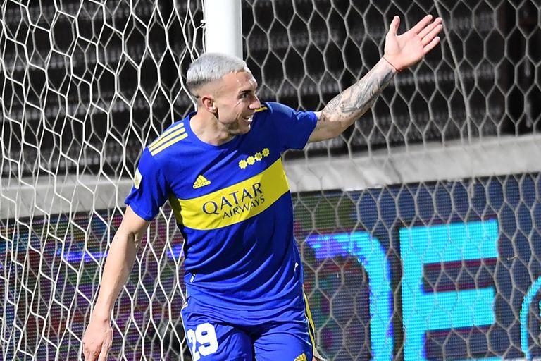 La felicidad de Briasco, después de marcar su primer gol con la camiseta de Boca