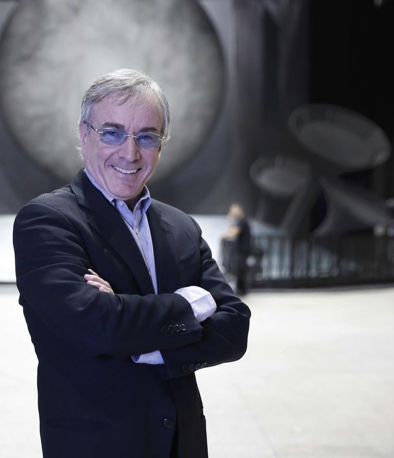 Daniel Lamarre es presidente y CEO del Cirque du Soleil