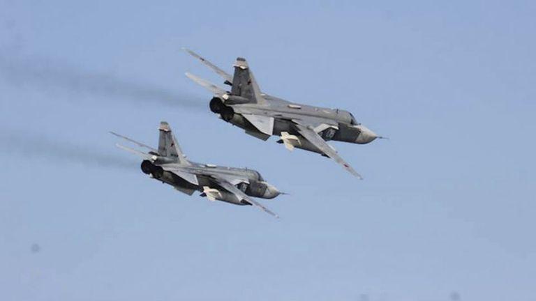 Los aviones rusos en su vuelo rasante