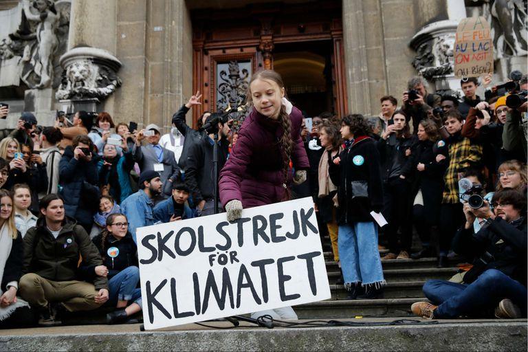 Greta Thunberg, al frente de la manifestación en la ciudad suiza de Lausana