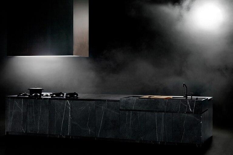 Marmol Antracite Dark con quemadores Pitt Cooking por Boffi (Italia)