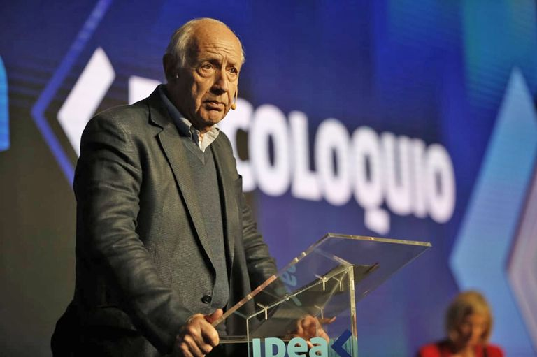 Lavagna hizo un diagnóstico profundo de la situación económico y cuestionó la polarización