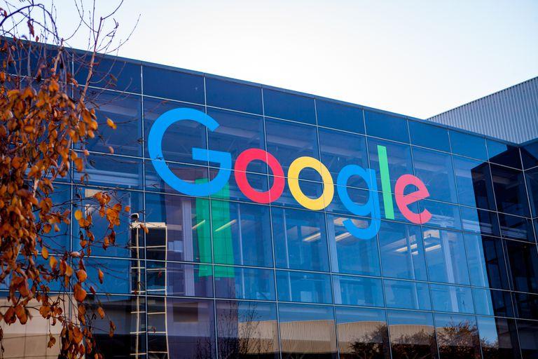 La compañía no dará acceso a la firma china a las nuevas versiones de Android ni a la tienda Play Store ni a Gmail
