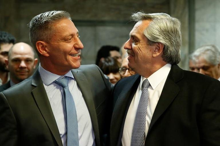 El gobernador Arcioni, impulsor de la iniciativa, con Alberto Fernández