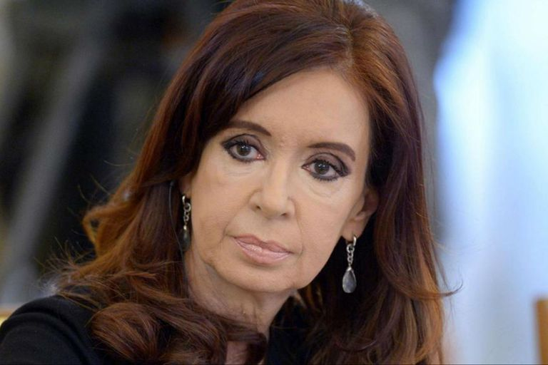 """Cristina pide que liberen a Lula da Silva porque la acusación """"se desmoronó"""""""