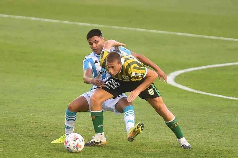 Racing juega con Banfield en la apertura de la Copa de la Liga Profesional 2021.