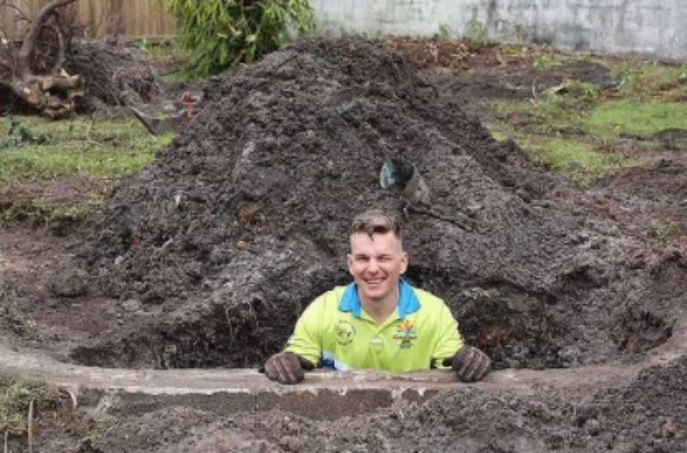 Sam Letchfotrd no esperaba encontrar una piscina en su nueva casa de Queensland, Australia