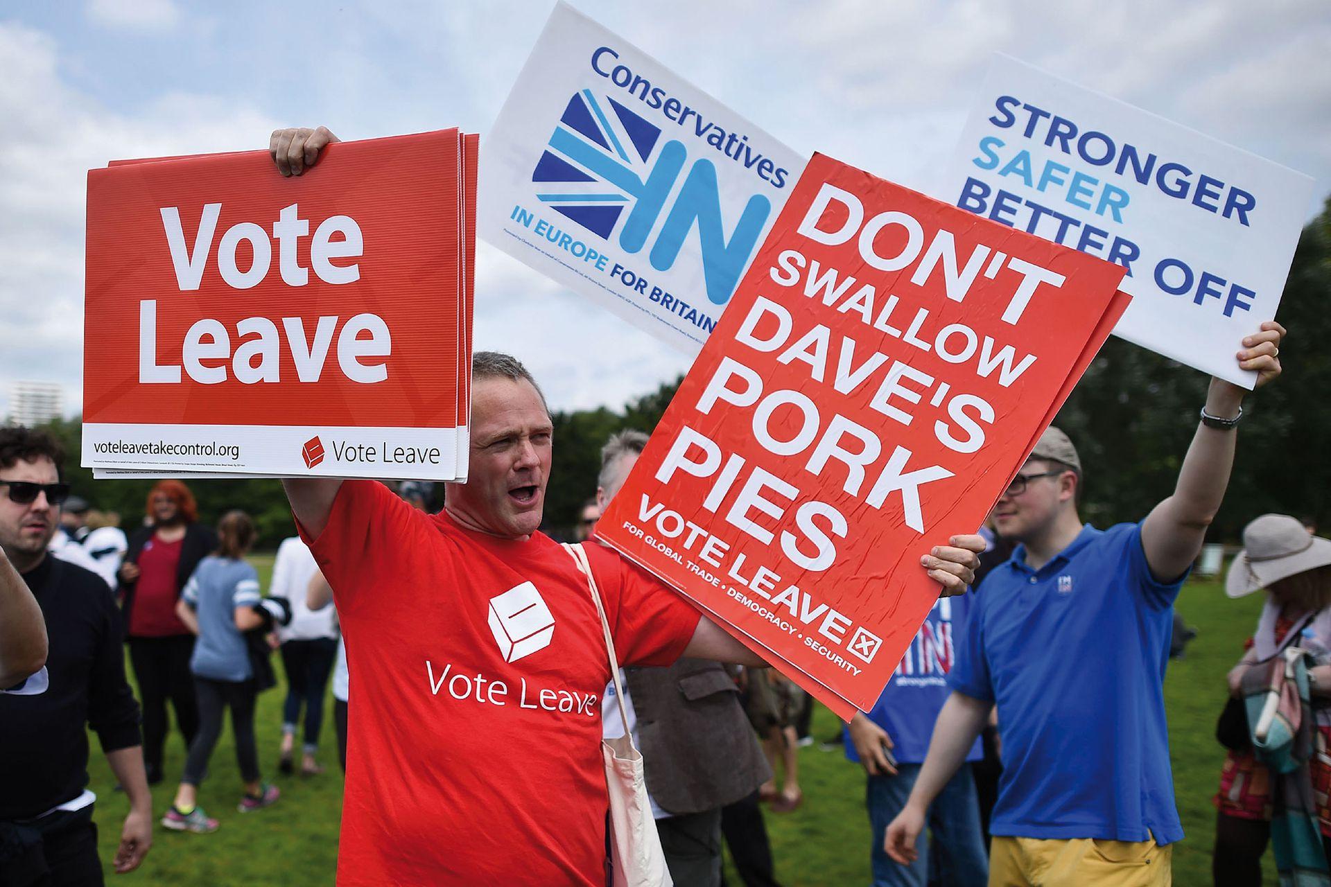 El lema del Brexit: Vote Leave (Vote irse).