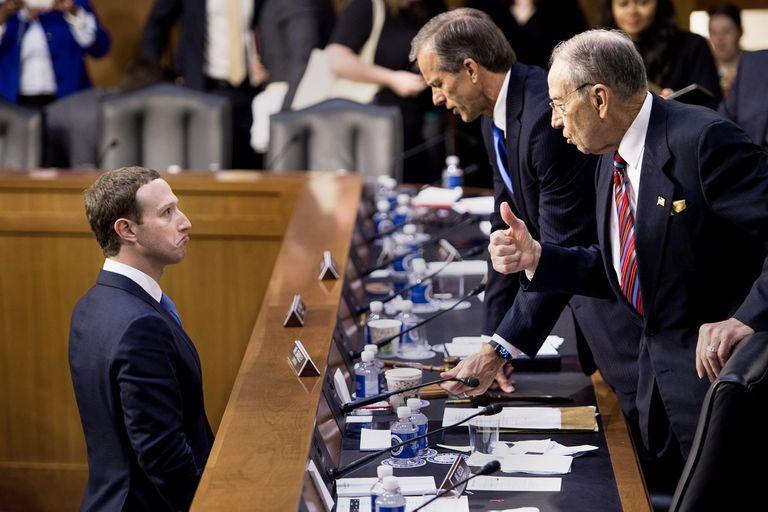 El apagón. La paradoja de Facebook desvela a un mundo que no comprende
