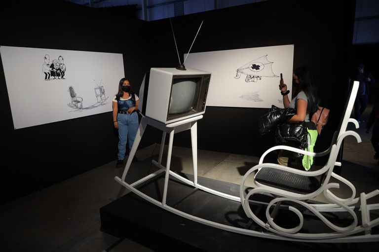 """""""Las máquinas de Quino"""" reproduce inventos del creador de Mafalda a escala real"""