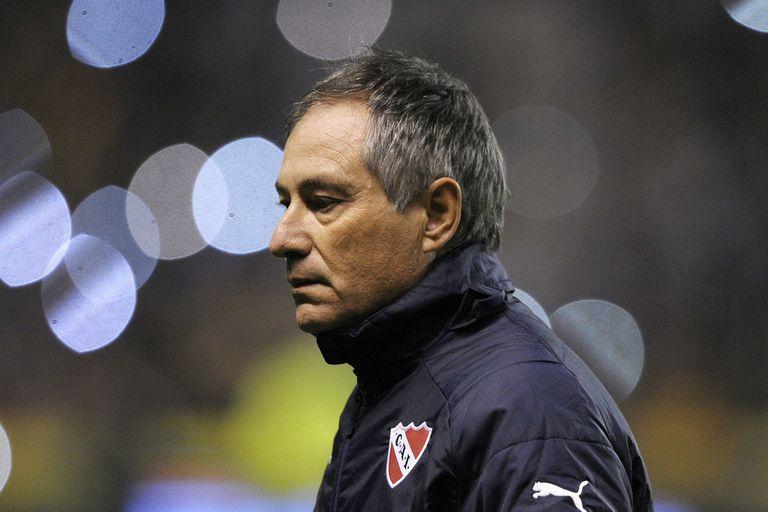 Holan atraviesa su peor momento en Independiente