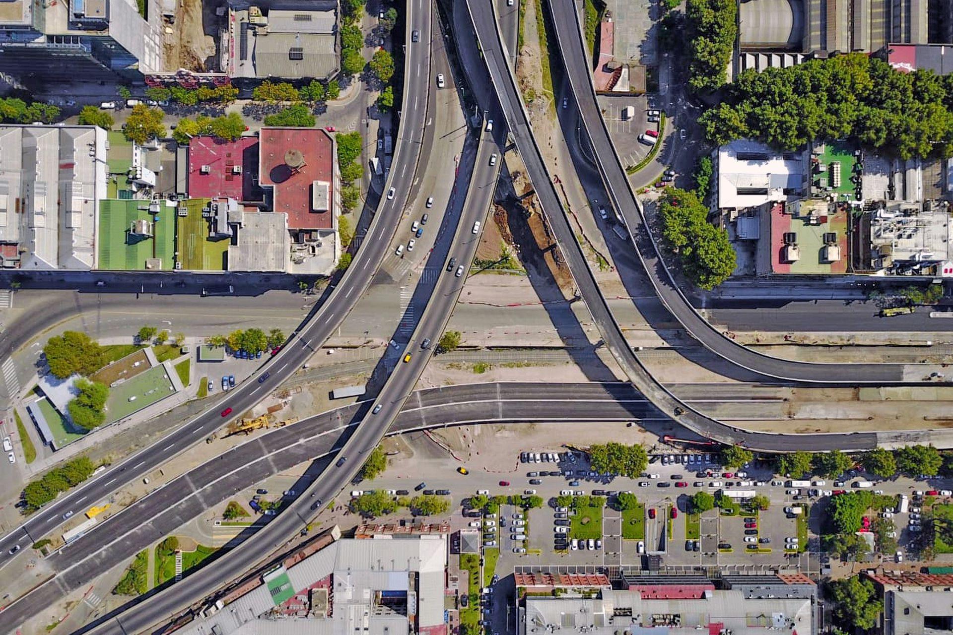 En ambos sentidos habrá dos sendas de circulación con máxima de 60 km/h y otras dos con máxima de 40 km/h