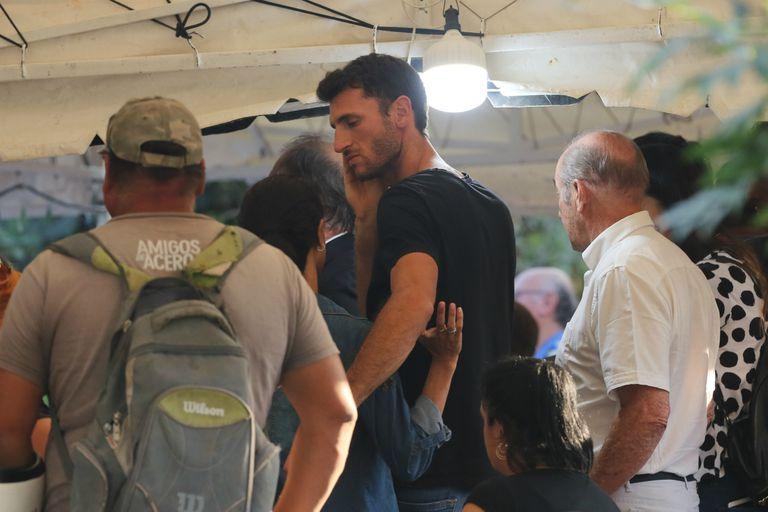 El garrochista santafesino Germán Chiaraviglio asistió al velorio en Marcos Paz.