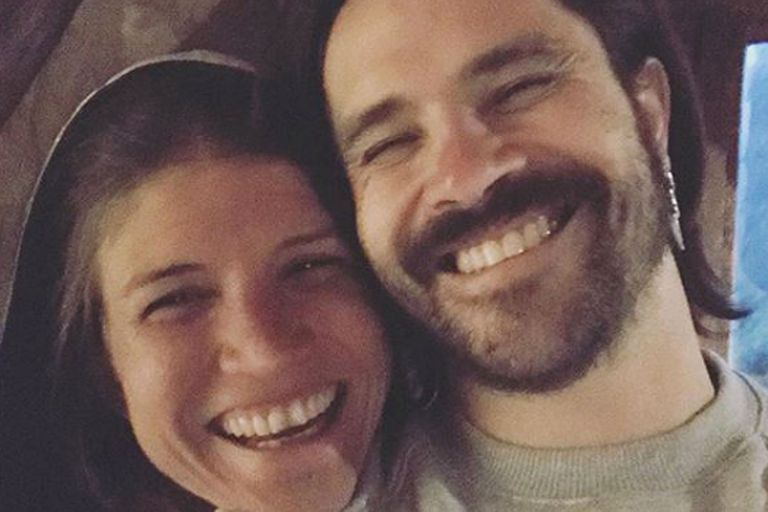 Camila Bordonaba y Felipe Colombo se sacaron fotos y cantaron juntos