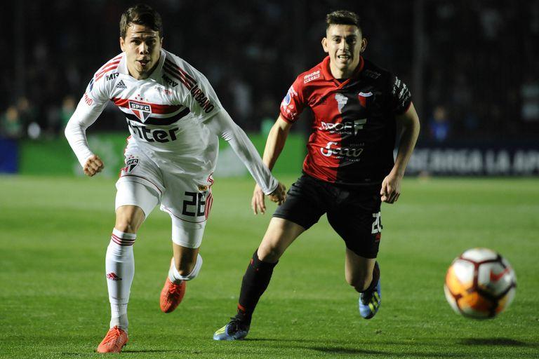 Colón festejó en los penales frente a San Pablo y sigue en la Copa Sudamericana