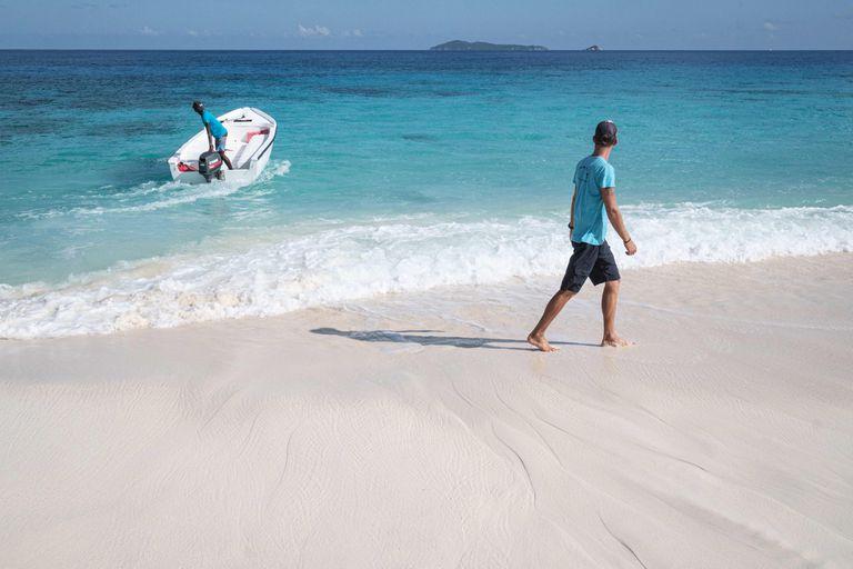 Las Seychelles están tratando de llegar a la inmunidad de rebaño para reactivar la economía y recobrar su antiguo atractivo turístico
