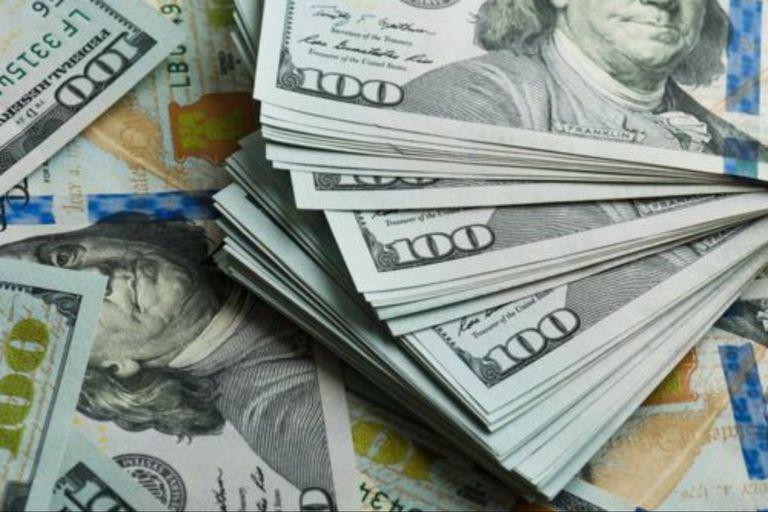 Luego de tocar máximos de $41,88, el dólar retrocedió hasta los $37, mientras subió la tasa de interés para las inversiones en pesos; qué tener en cuenta a la hora de decidir en qué invertir y cómo resguardarse de la inflación