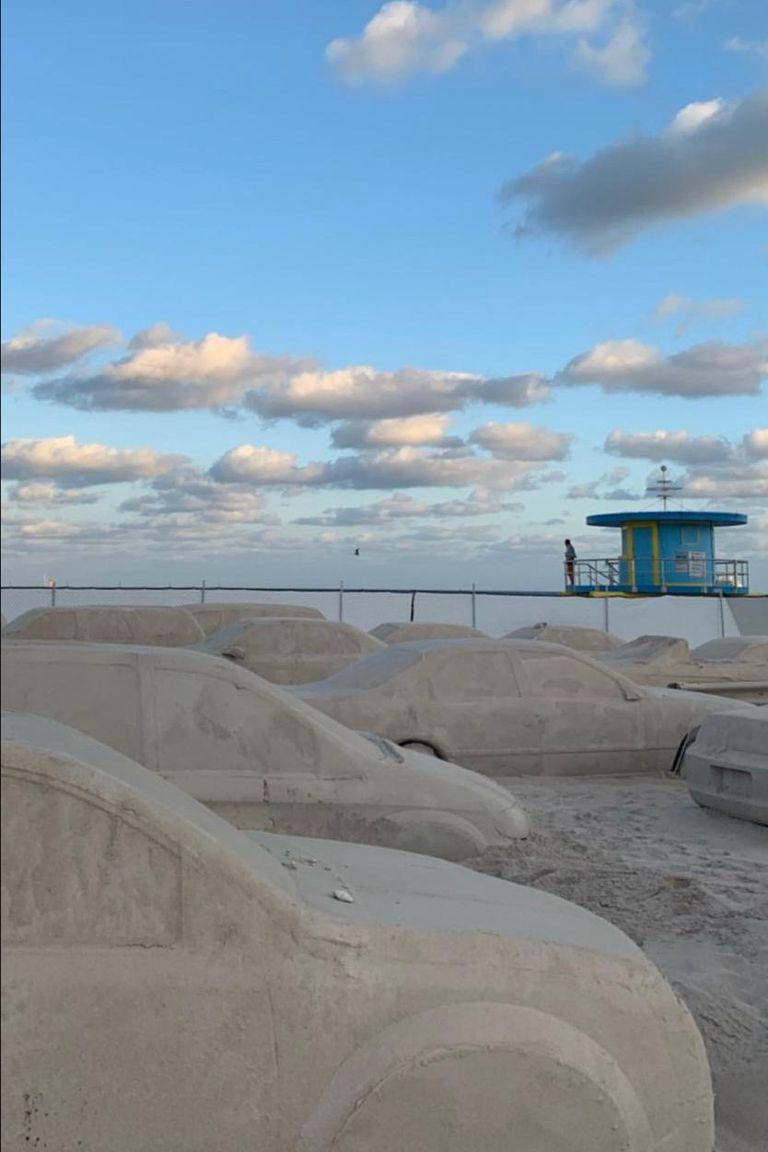 Instalación de Leandro Erlich en Miami