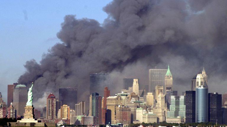 En el año 2001, comenzó la fama mundial de Parravicini cuando se descubrió que había predicho el atentado a las Torres Gemelas