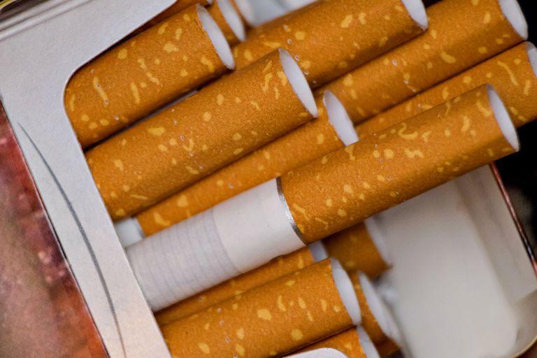 En Hawaii quieren venderle cigarrillos solo a los mayores de 100 años