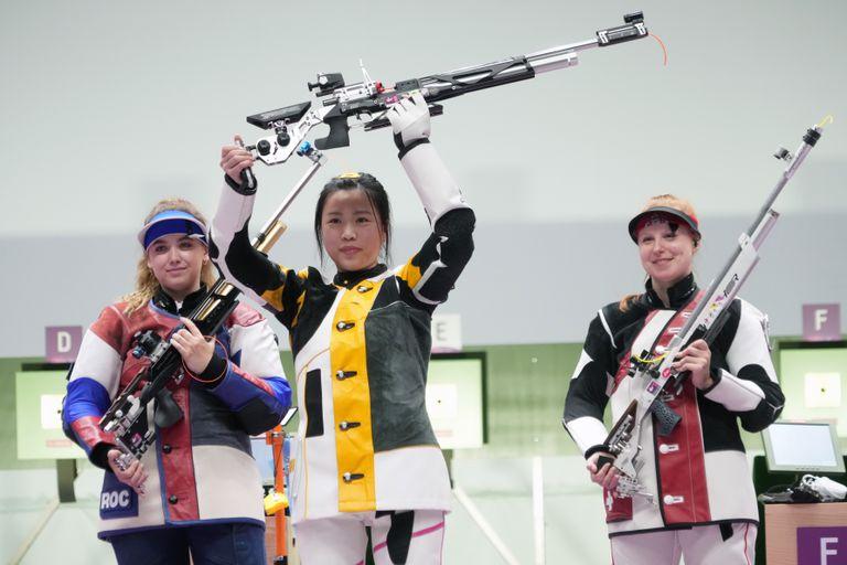Yang Qian, del equipo chino de tiro femenino