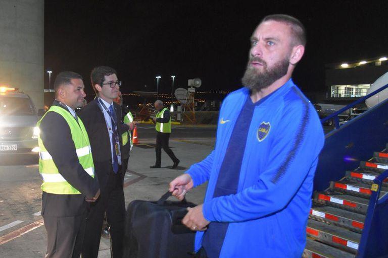 Alfaro rompe los libros: por qué Boca llegó a Quito 48 horas antes del partido