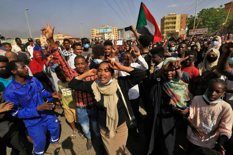 Qué se sabe del golpe de Estado en Sudán y dónde está el primer ministro