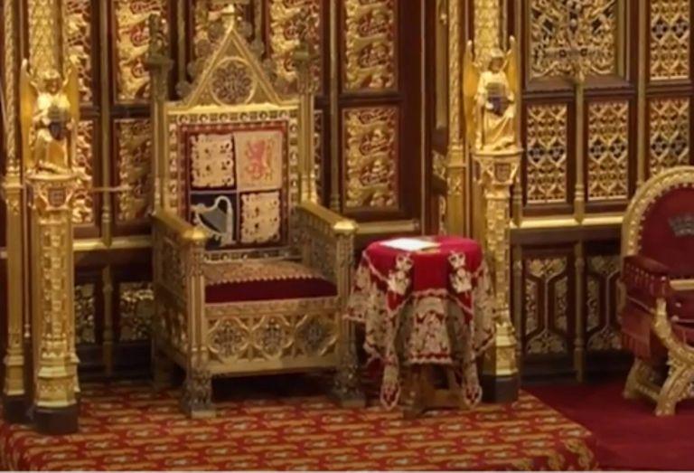 La silla del príncipe Felipe fue removida de la Cámara de los Lores antes de la apertura estatal del Parlamento