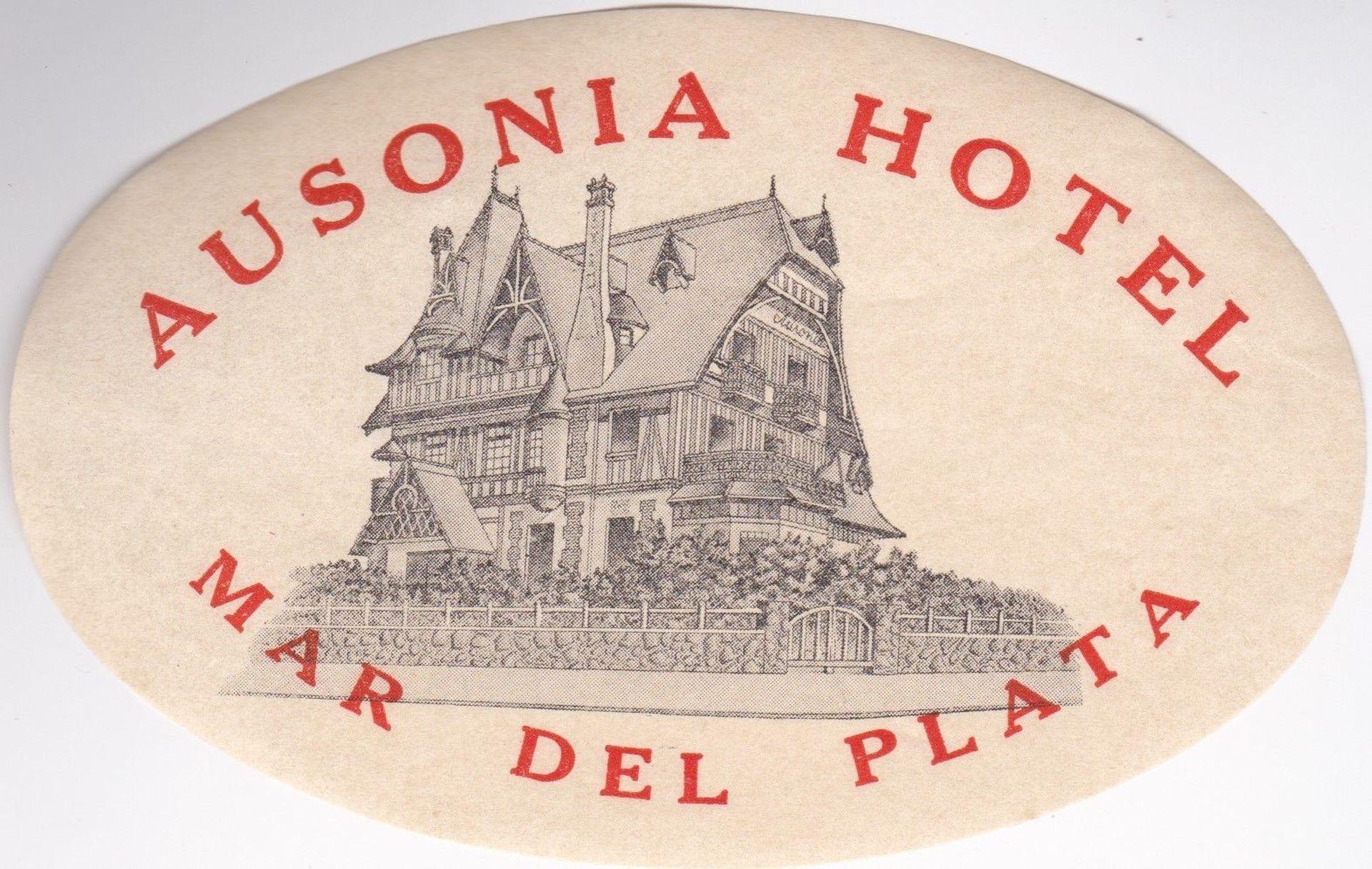 Antes de incendiarse en los años 50, el chalet de Dose pasó a ser el Hotel Ausonia.