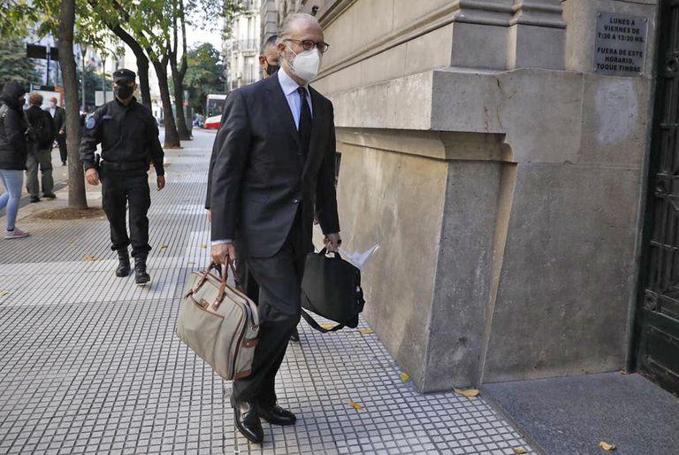 Carlos Rosenkrantz fue recusado por la tabacalera
