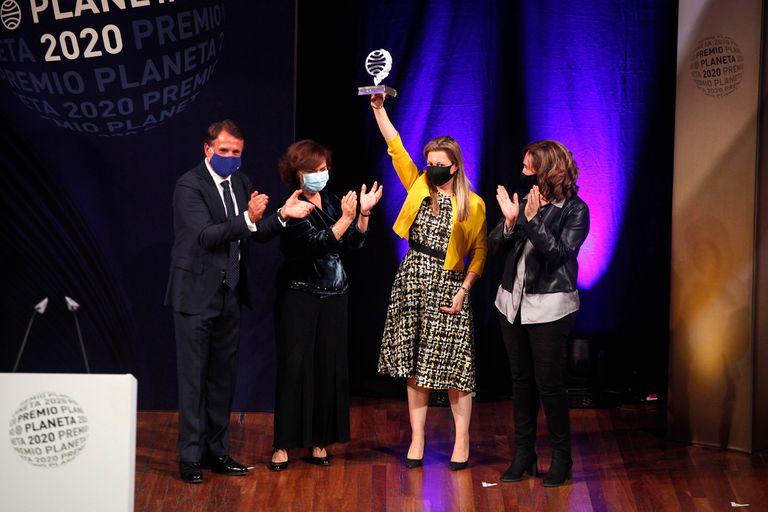 La ceremonia de entrega del Premio Planeta tuvo lugar el 15 de octubre en Barcelona y fue inusual por la pandemia