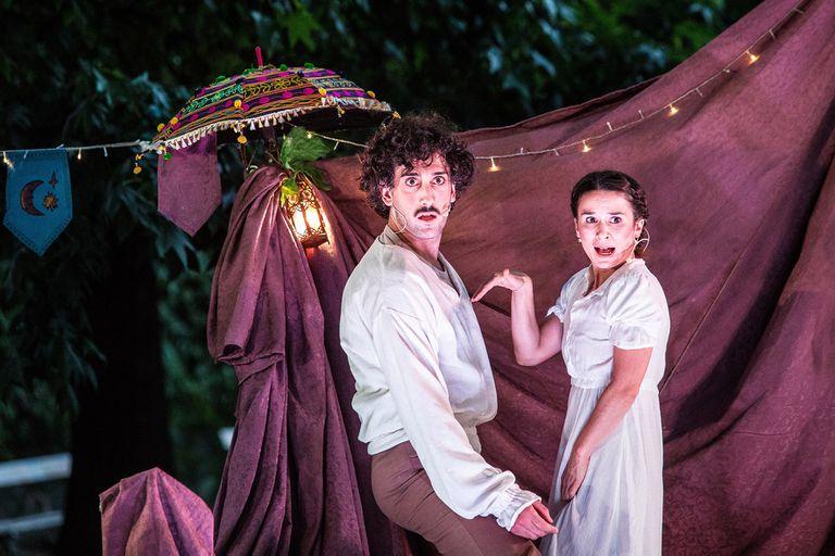 Sueño, basada en una obra de Shakespeare, en el jardín del museo Sívori