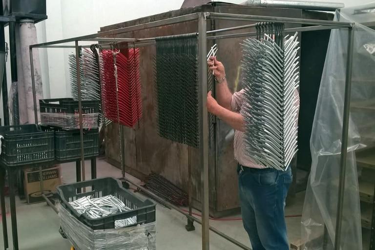 La fábrica, en plena producción