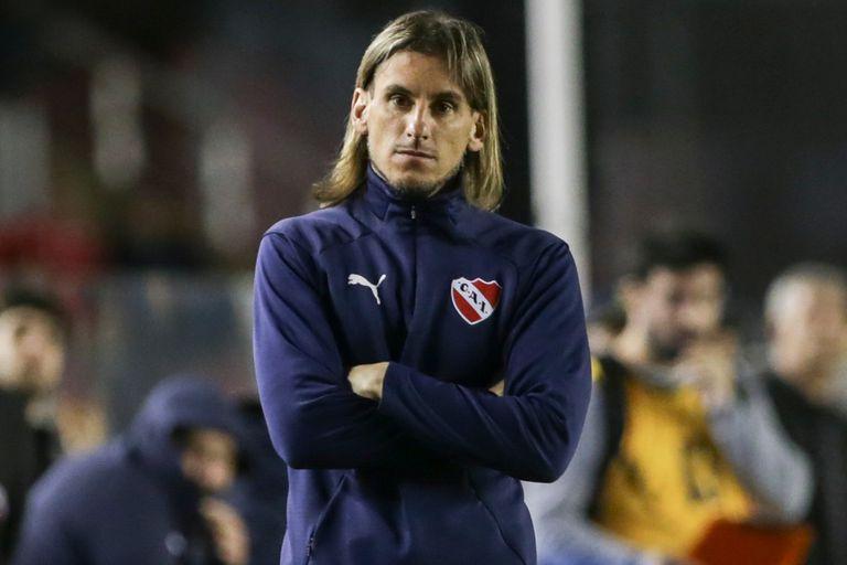 Beccacece, cuestionado en Independiente por los magros resultados