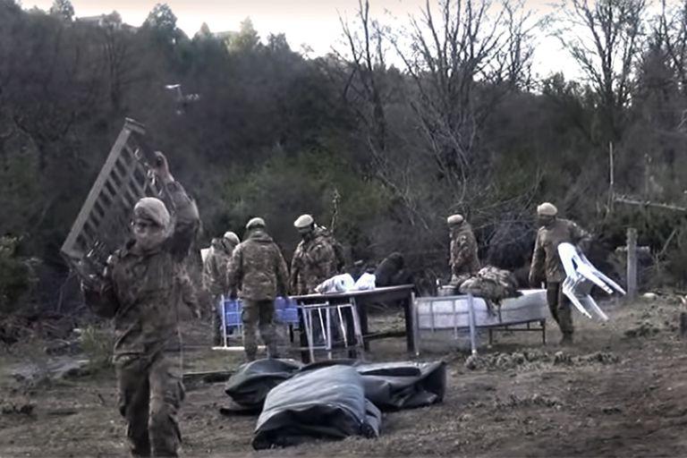 Bariloche. Los mapuches dejaron el predio militar, pero sigue el conflicto